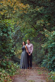 Young couple in love walks in nature — Stockfoto