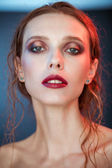 Beauty portrait of young woman nice day makeup — Stockfoto