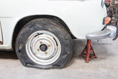 Flat tire — Stock Photo