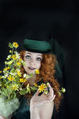 Pretty young woman in top hat — Stok fotoğraf