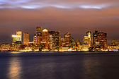 Boston downtown skyline panorama with skyscrapers over water at  — Stock Photo