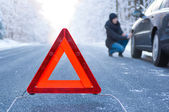 Winter driving - car breakdown — Stock Photo
