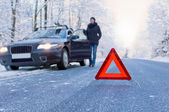 Winter driving - car breakdown — 图库照片