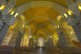 Interior of Notre Dame Fourviers — Stock Photo
