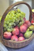 Basket fruits — Stock Photo