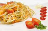 Spaghetti with tomato and spices in olive oil — Stockfoto