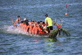Unidentified team competes at the 2014 Dragon Boat Race — Stock Photo