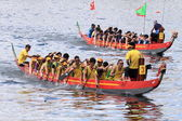 Dragon Boat Race to celebrate the Tuen Ng festival at Chai Wan bay, Hong Kong — Stock Photo
