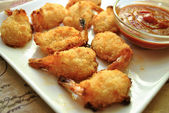 Fried Shrimp with Dipping Sauce — Stock Photo