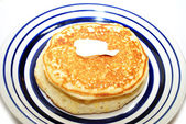 Hot Cakes Served on a Blue and White Plate — Foto de Stock