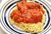 Angel Hair Pasta with Meatballs and Tomato Sauce — Stock Photo