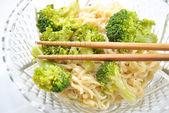 Ramen Noodles with Steamed Broccoli — Foto de Stock