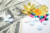 Koszt leków — Zdjęcie stockowe