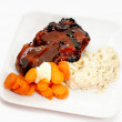 Delicious Summer Meal of Pork Rib, Carrots and Pasta — Stock Photo #46823587
