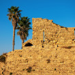 Ruined wall of ancient city Caesarea in Israel — Stock Photo