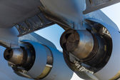 American C-17 Globemaster jet engine — Stock Photo