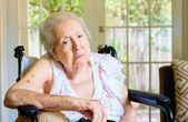 Elderly woman — Stockfoto