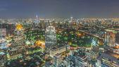 Бангкок город Ночная точка зрения с красиво небо — Стоковое фото