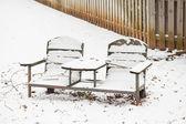Panchina coperta di neve — Foto Stock