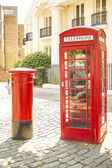 London telefon och post box — Stockfoto