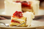 Strawberry gateau — Stock Photo