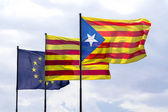 Flags of European Union and Catalonia with the Catalan secession — Foto de Stock