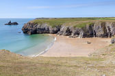 Secluded beach along Pembrokeshire Coastal Path — Stock Photo