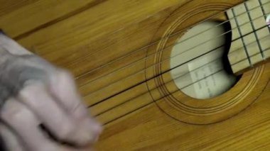Playing guitar chords hand string — Vidéo