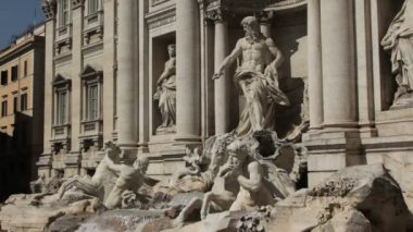 Trevi Fountain in Rome — Stock Video