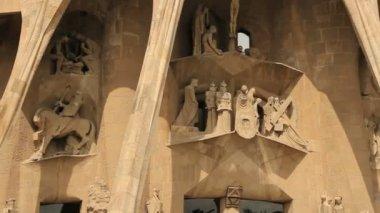 Crucifixion Facade of La Sagrada Familia Cathedral — Wideo stockowe