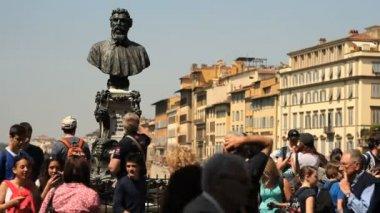 Cellini statue, Florence — Stock Video