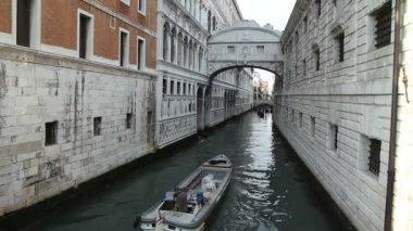 Ponte dei sospiri, venetië — Stok video