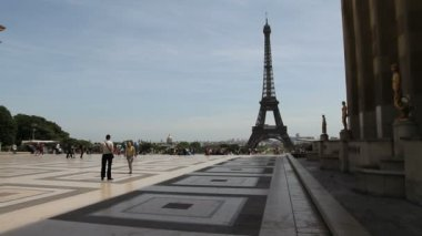 Eiffel Tower, Paris — Stock Video