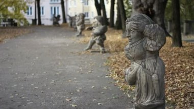 Dwarf statues, Salzburg — Video Stock