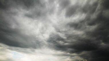 Gökyüzü açık — Stok video