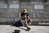 Extraordinary street performer — Stock Photo