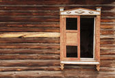 Wall of an old wooden house — Stockfoto