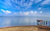 Baboo bar on white snad beach at tropical island — Stock Photo