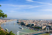 View of Budapest and the Danube river — Stock Photo