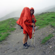 Hiker in mountains — 图库照片