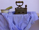 Uma camisa de engomadoria — Foto Stock