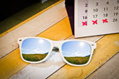 Glasses with Holiday Calendar — Foto Stock