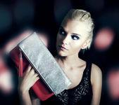 Krásná blonďatá dáma — Stock fotografie