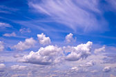 Blue sky with white cloud — Stock Photo