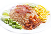 Fried rice with Shrimp paste. — Стоковое фото
