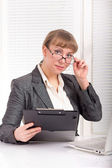 Business woman with glasses — Stockfoto