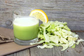 Fresh cabbage juice — Zdjęcie stockowe