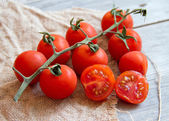 Cherry tomatos — Stock Photo