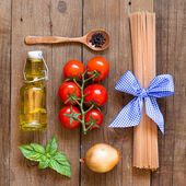 Ingridients for pasta with tomato sauce — Stock Photo