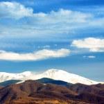 picos cubiertos de nieve — Foto de Stock   #38987693